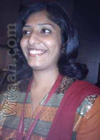archana rajiv   hindu tamil vellalar bride girl from andhra pradesh